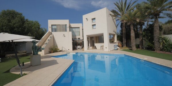 shor-group-real-estate-amir-shor-luxury-home-for-sale-in-caesarea-israel-sea-20